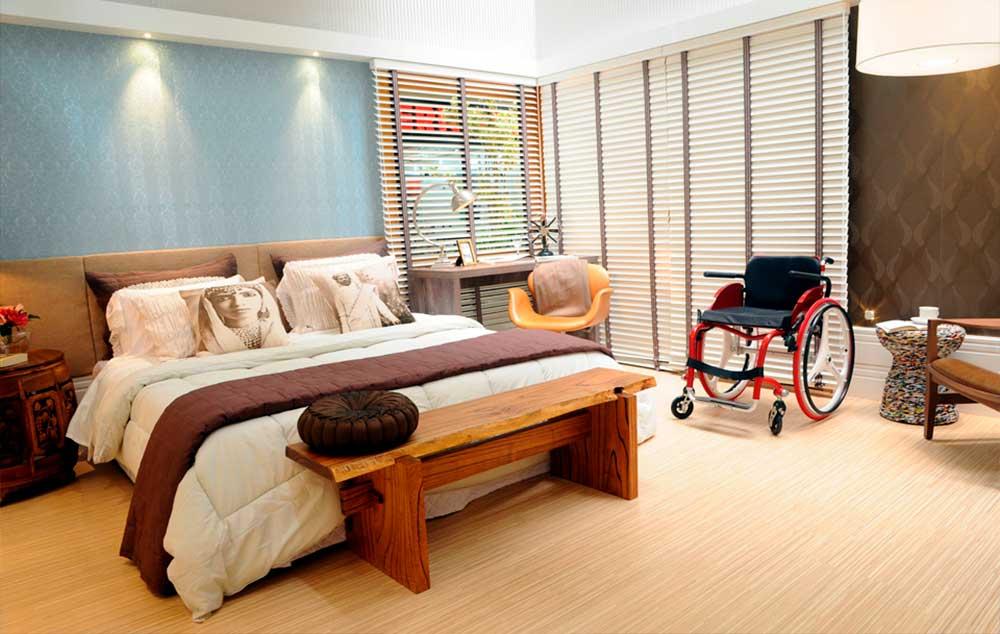 Quartos com acessibilidade ainda são poucos no mercado, diante de uma demanda de turistas com deficiência tão grande
