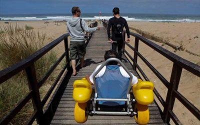 Um terço das praias portuguesas é acessível a pessoas com deficiência