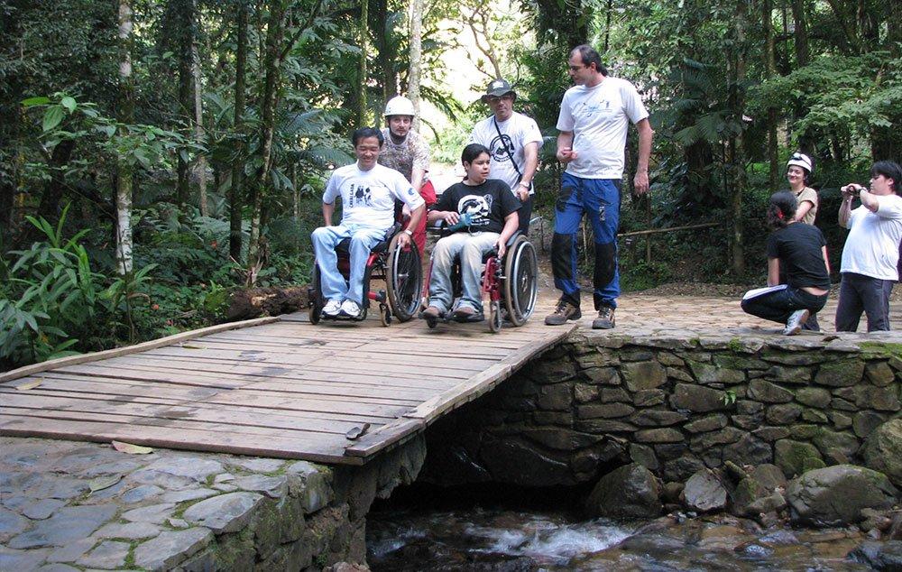Viagens acessíveis: acessos do PETAR em Iporanga