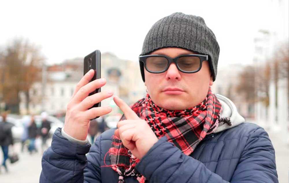 Android e iOS acessíveis. Saiba como utilizar os leitores de tela nos smartphones.