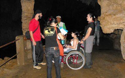 Caverna do Diabo mais acessível. Parque Estadual recebe equipamento para melhorar acessibilidade.