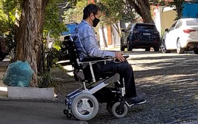 Electric wheelchair of dreams. Divinità and Kit Cross make the perfect combination.