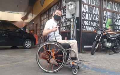 Enchendo o pneu da sua cadeira de rodas. Dicas para um aproveitamento ideal.